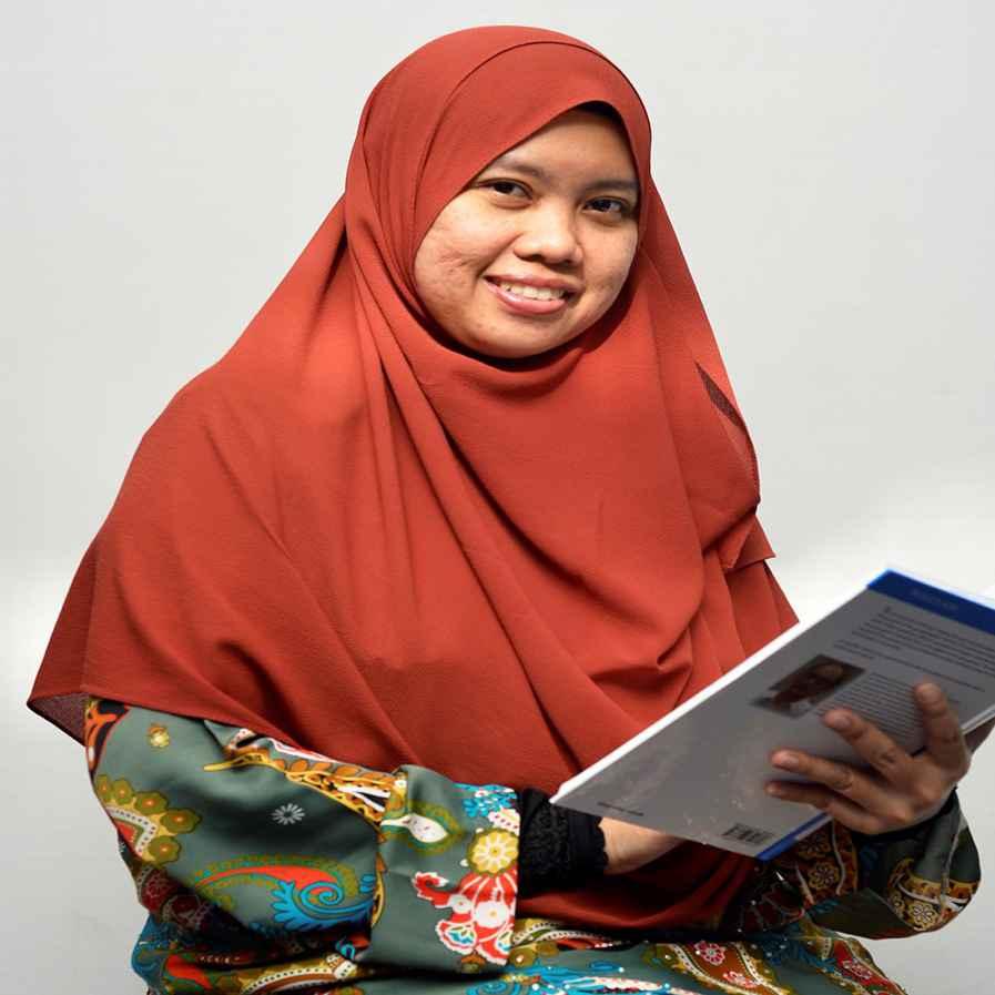Profesor Madya Ts. Dr. Sunarti Binti Abd Rahman