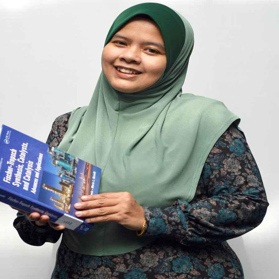 Dr. Jun Haslinda Binti Haji Shariffuddin