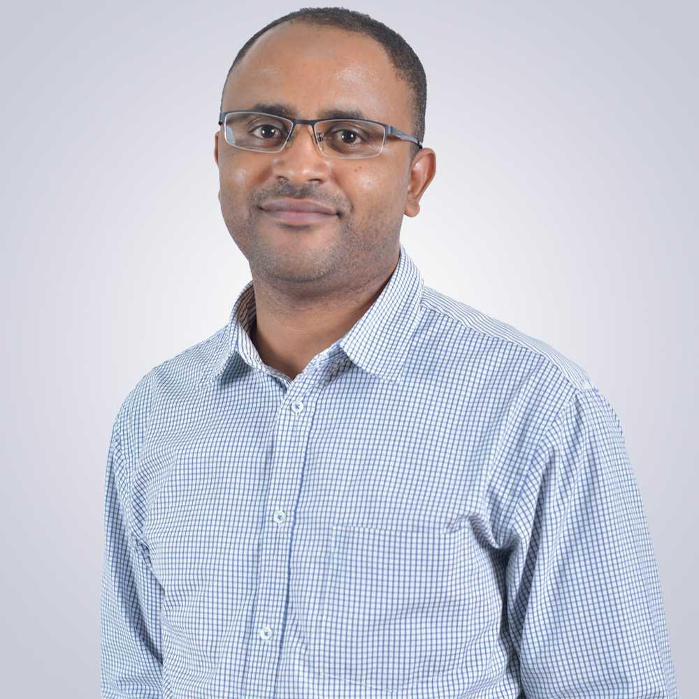 Dr. Ahmed Nurye Oumer